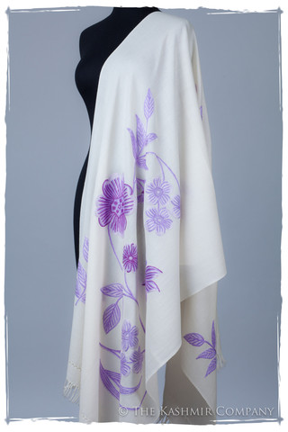 "Je Ne Sais Quoi Lavender Ivory Shawl Seasons The Kashmir Company Je Ne Sais Quoi: Give Your Wardrobe That ""It"" Factor This Spring"