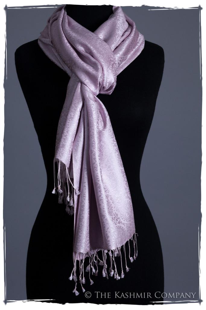 S.05.0084.02.12.12.37 90 1024x1024 Kashmir Silk Scarves: Secrets of the Fashionistas